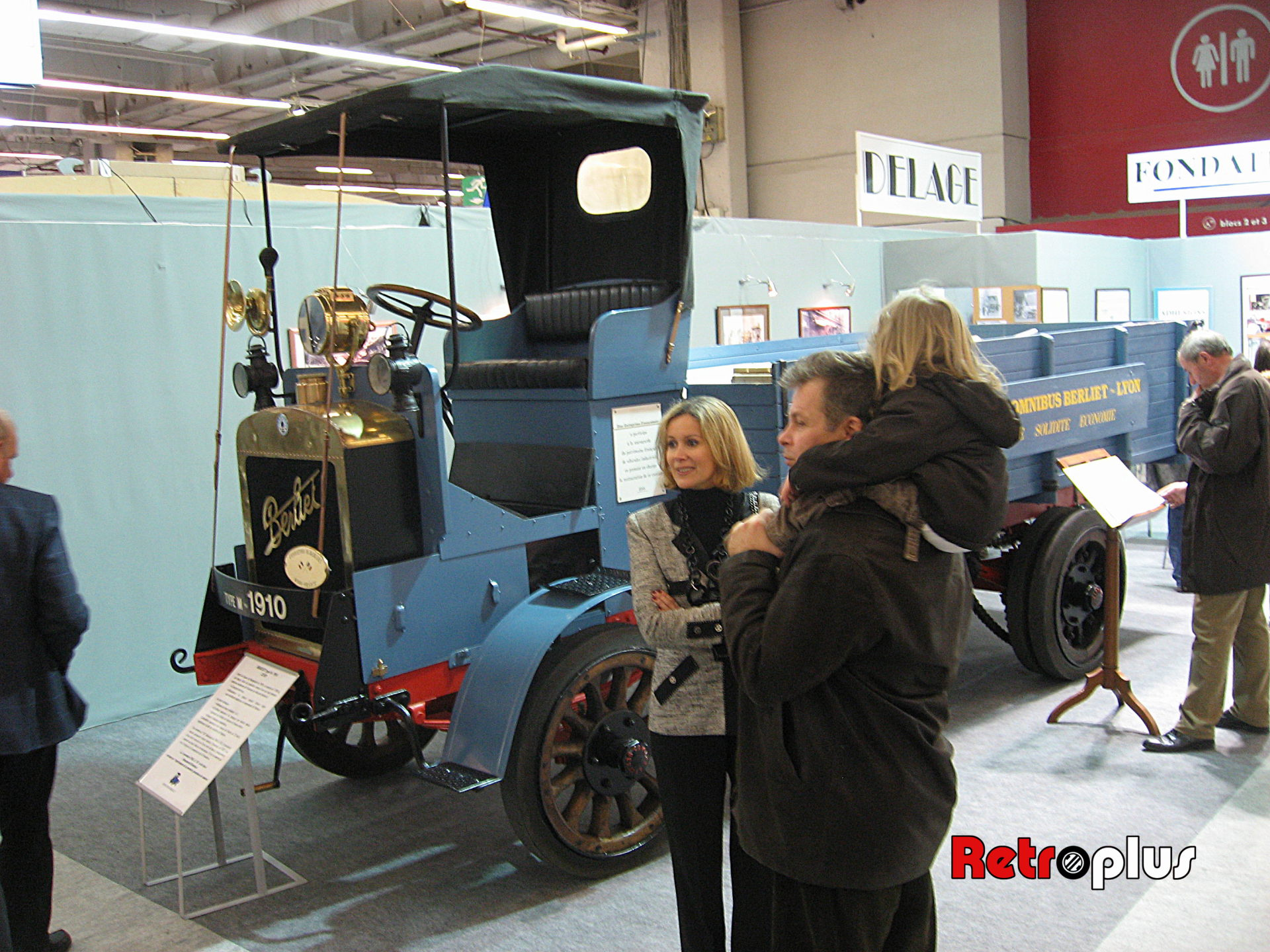 Retromobile2010-Autos-040