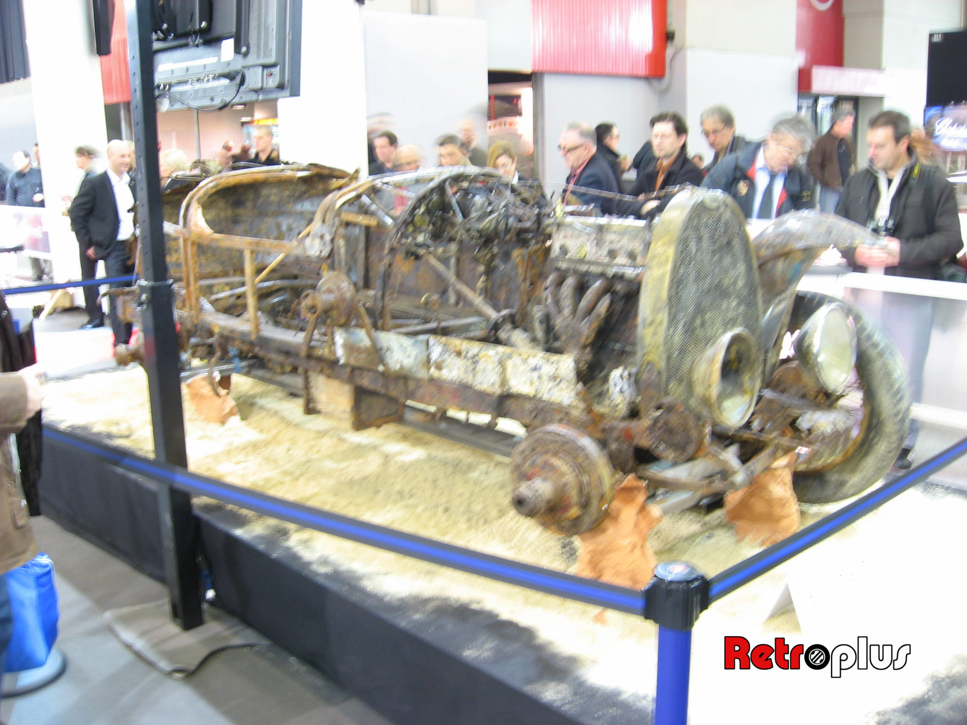 Retromobile2010-Autos-054