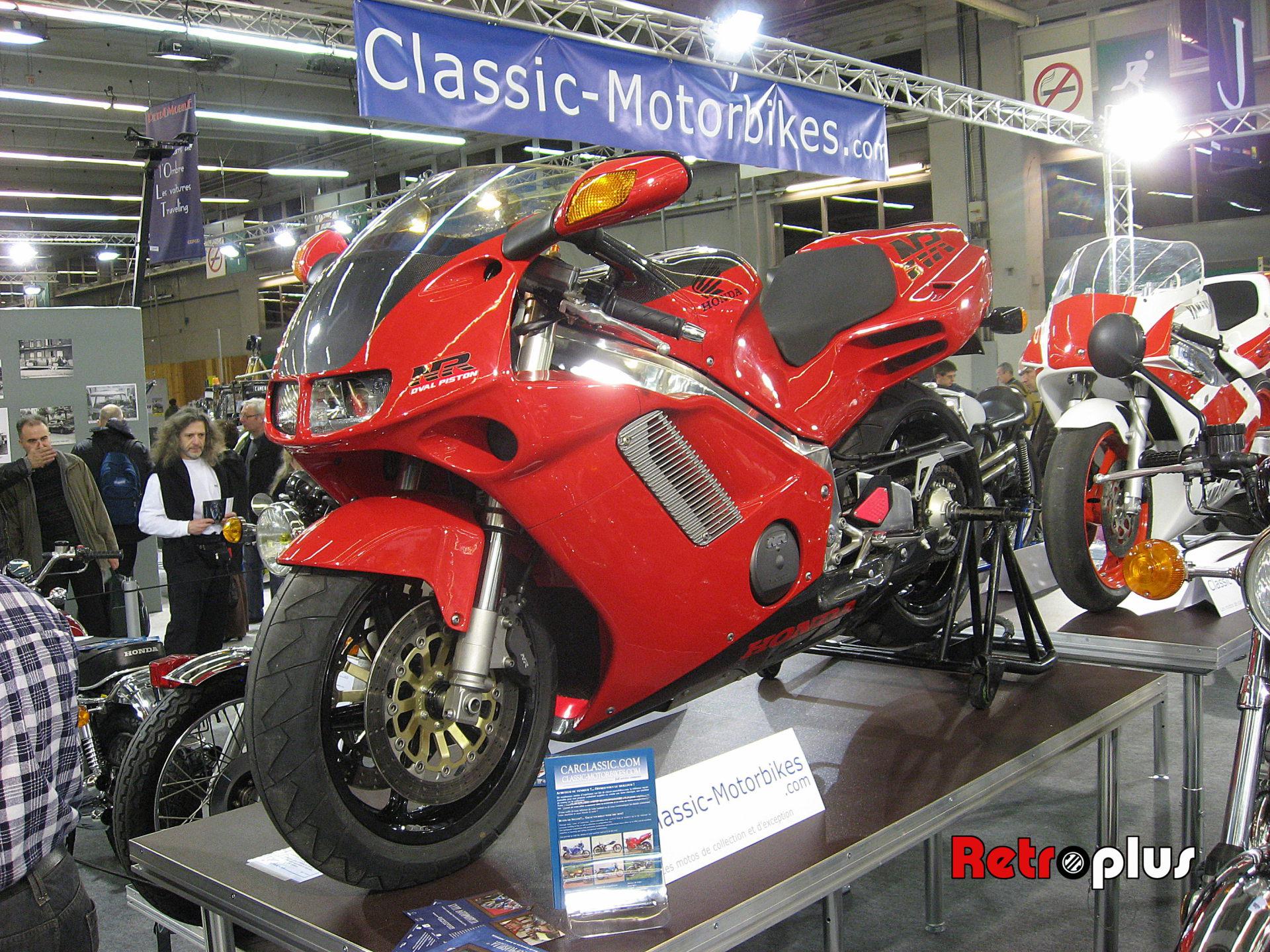 Retromobile2010-Motos-005