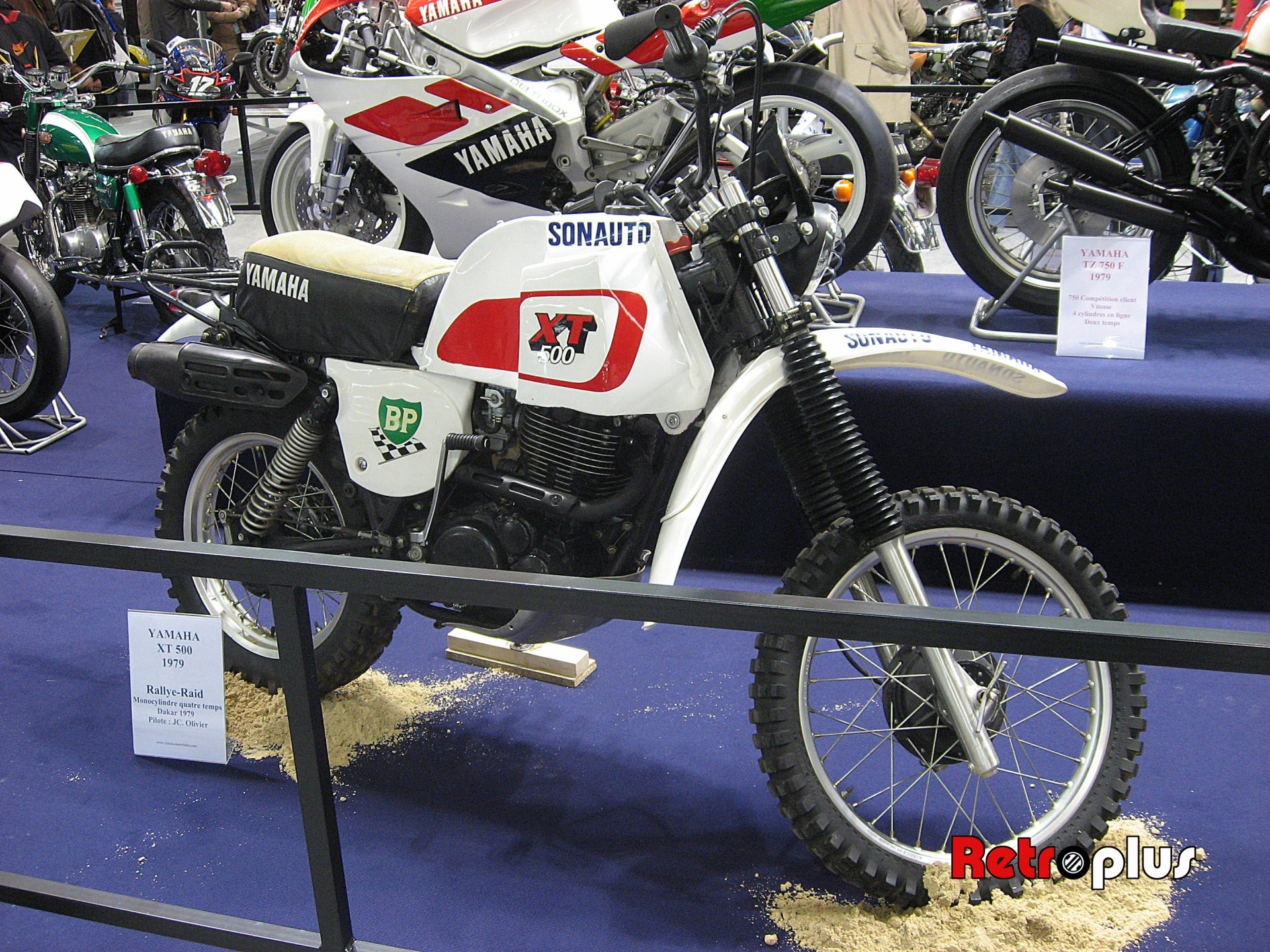 Retromobile2010-Motos-010