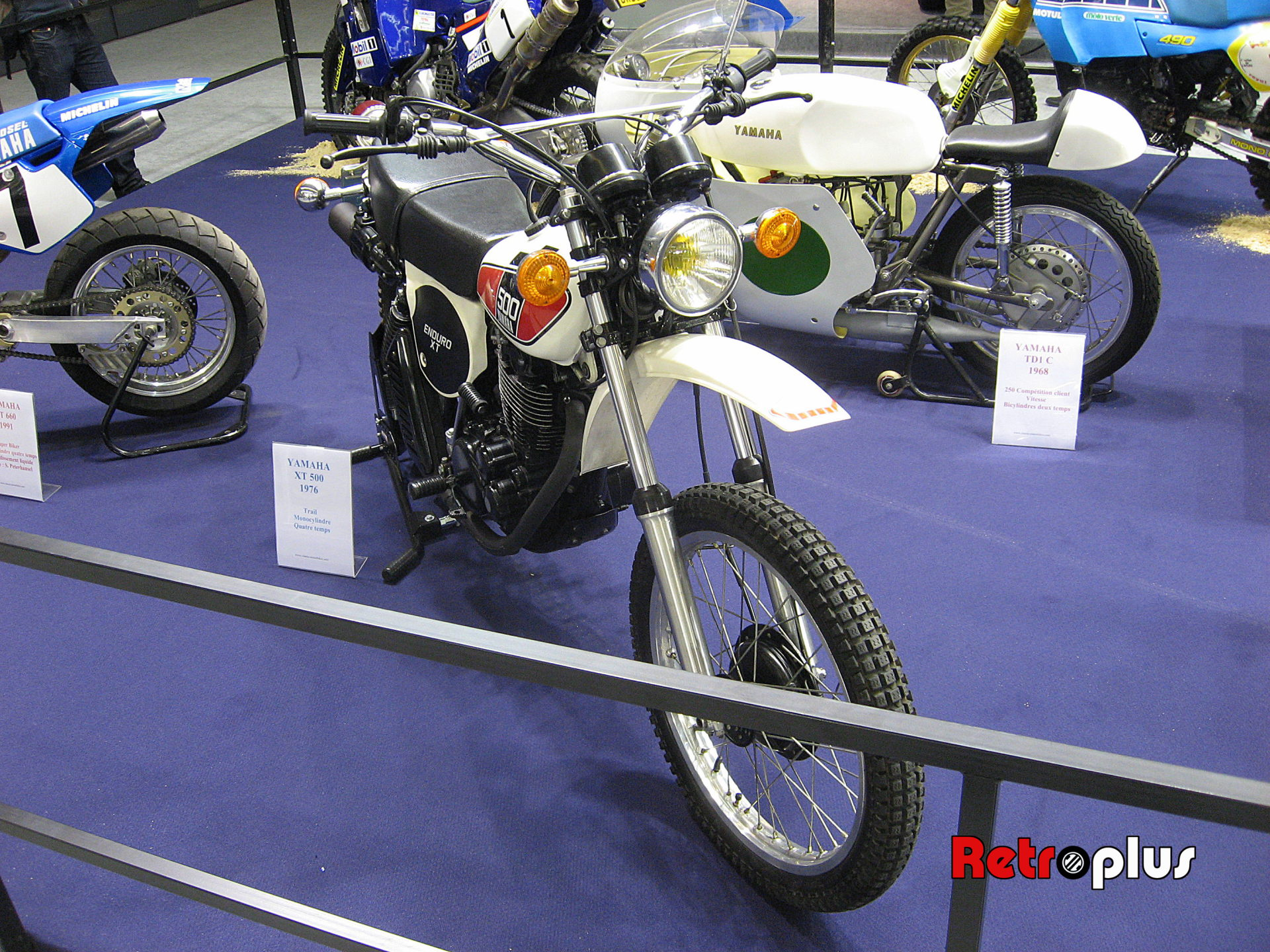 Retromobile2010-Motos-011