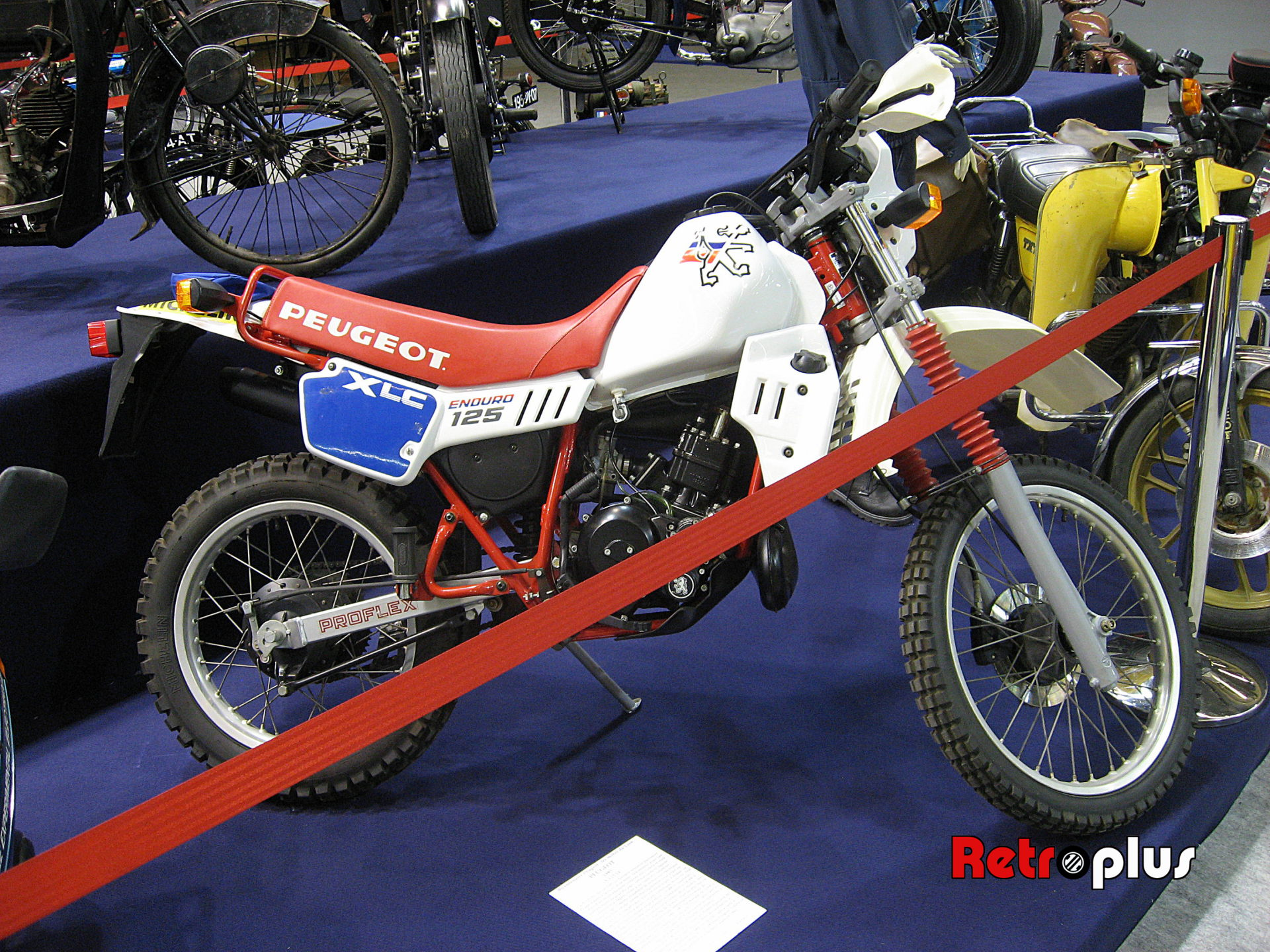 Retromobile2010-Motos-014
