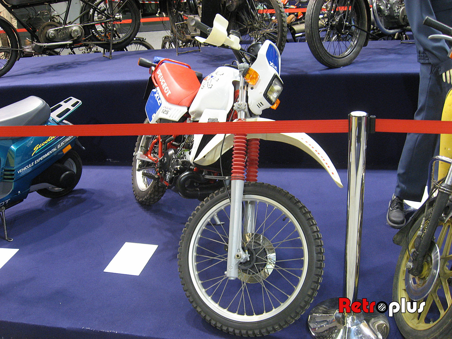 Retromobile2010-Motos-015