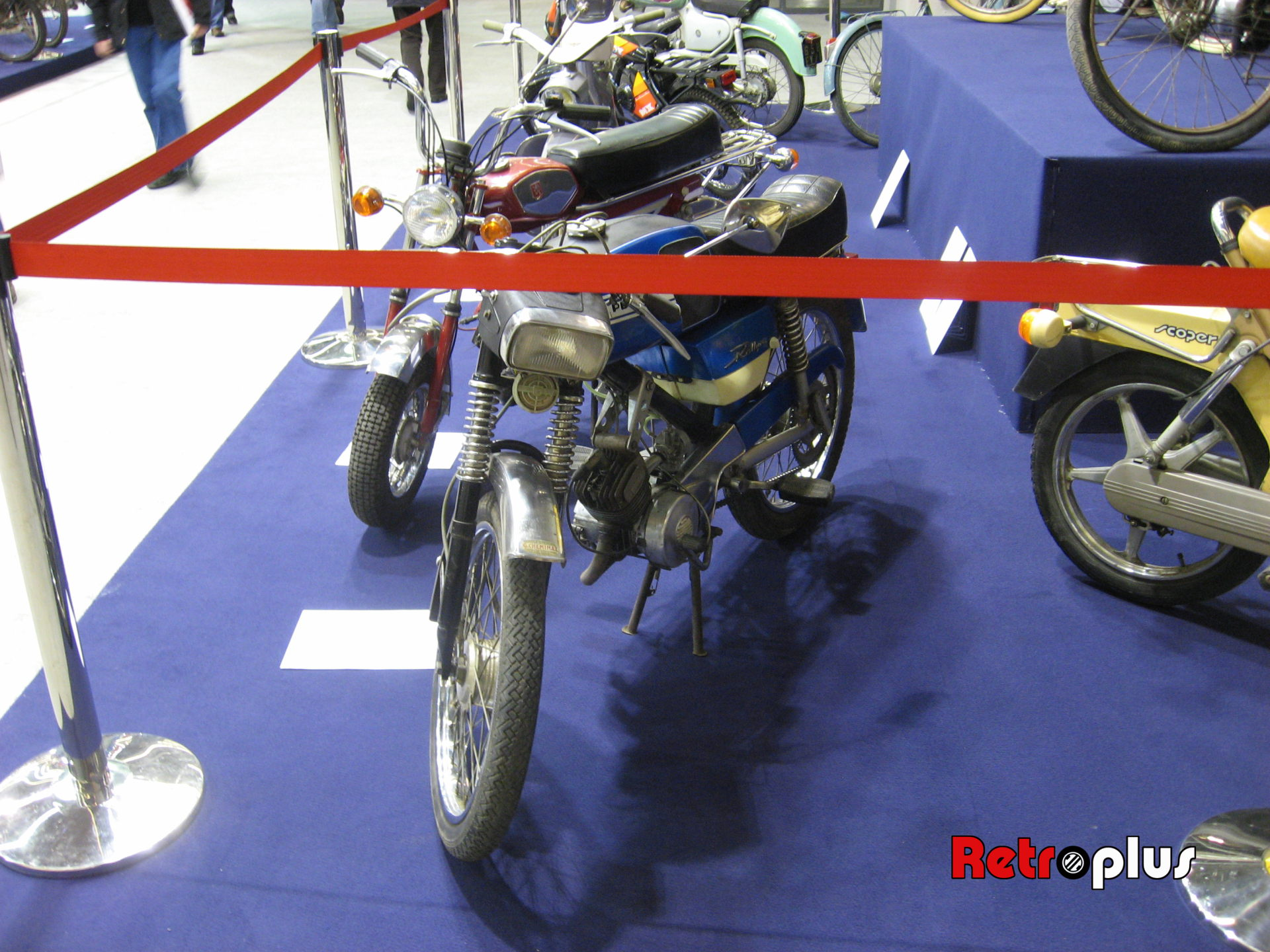 Retromobile2010-Motos-017