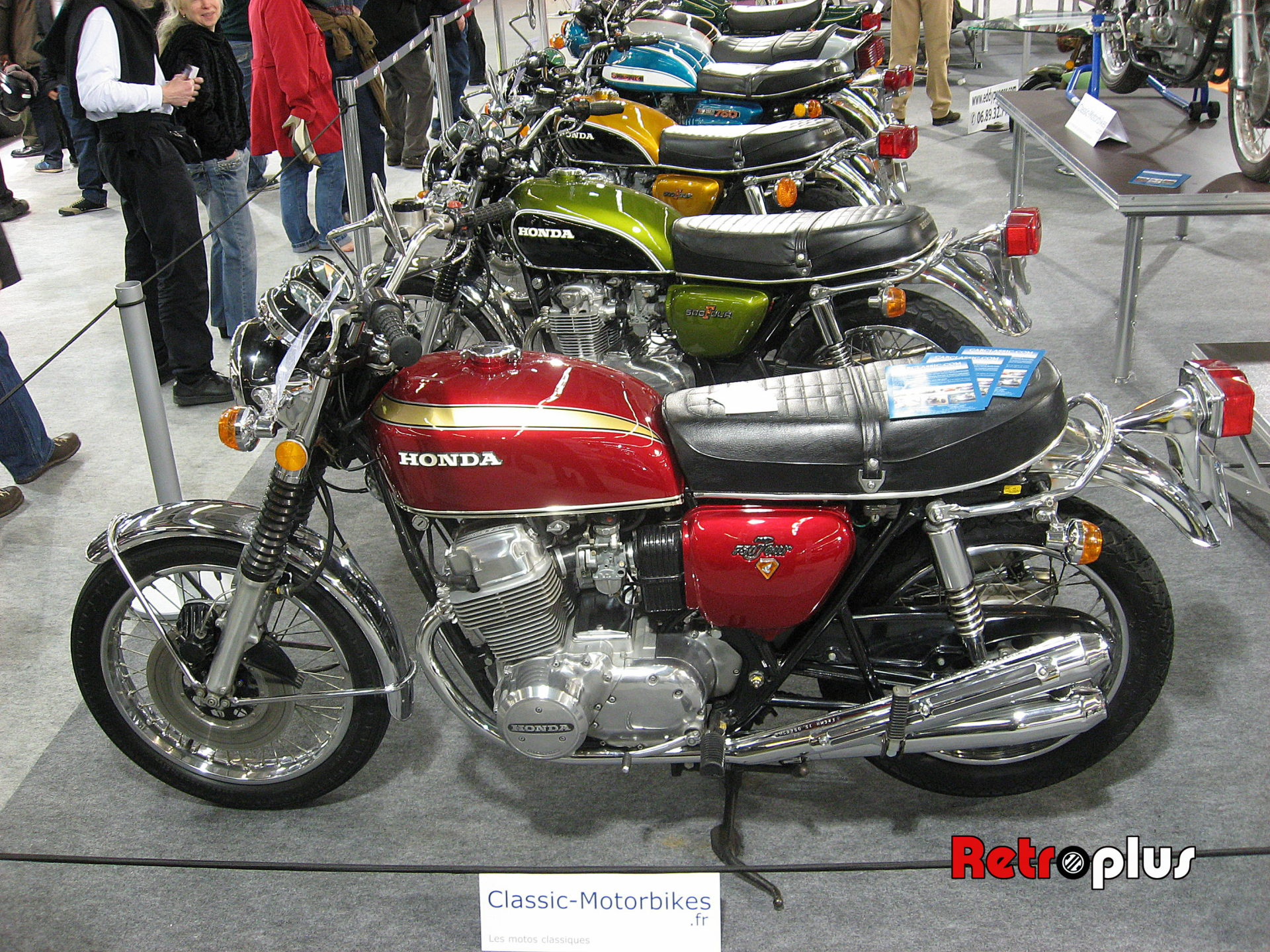Retromobile2010-Motos-019