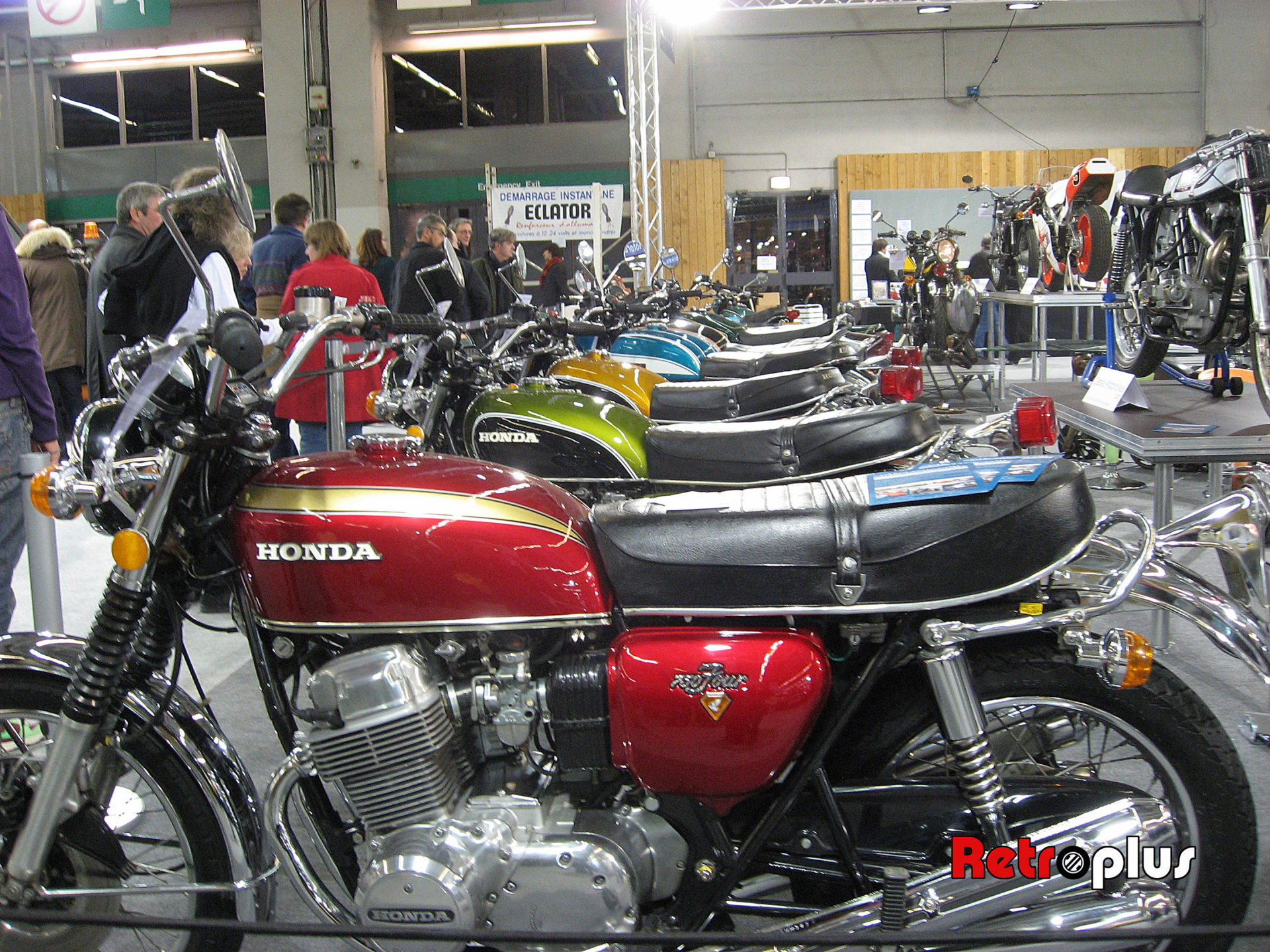 Retromobile2010-Motos-020