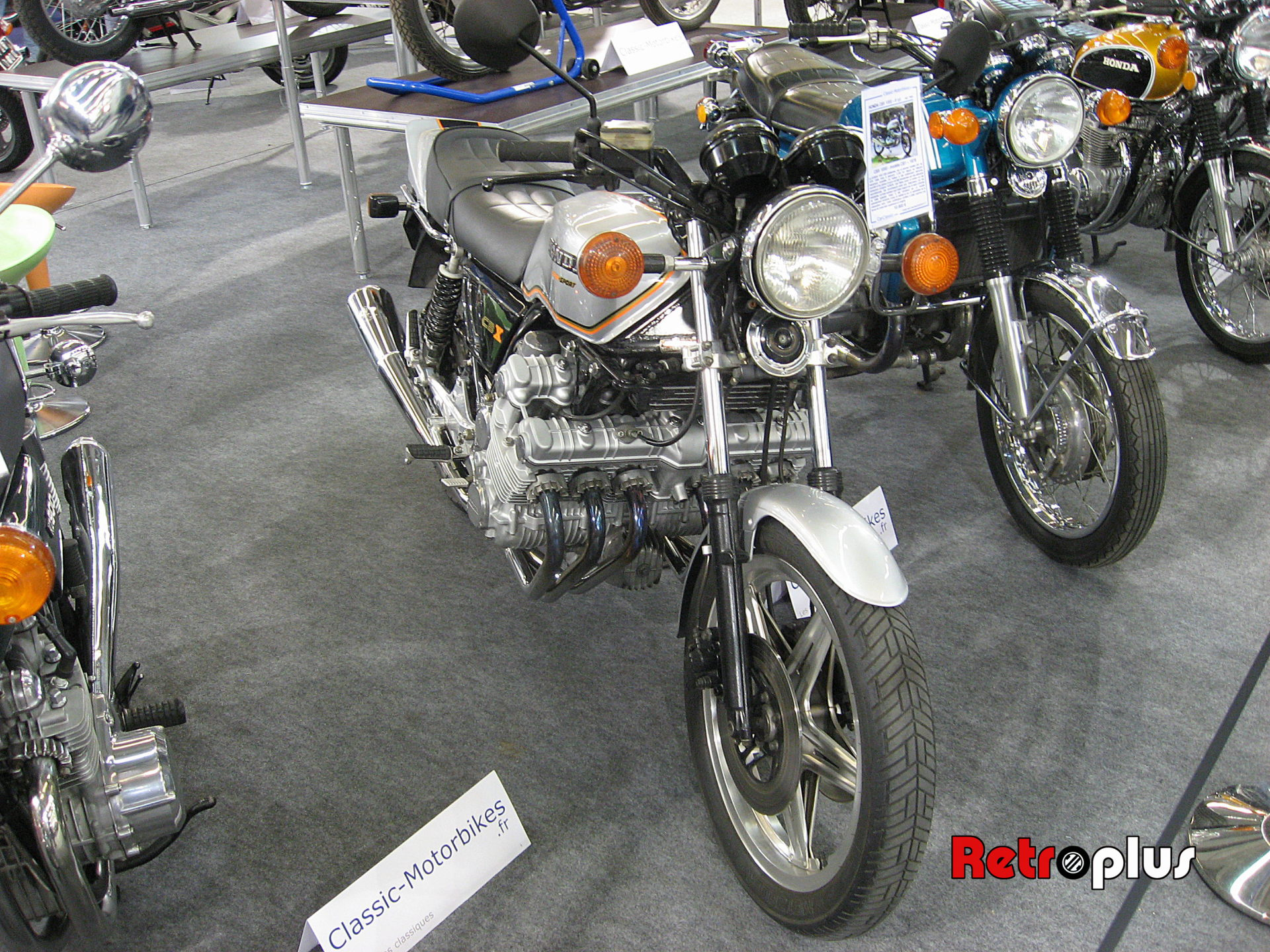 Retromobile2010-Motos-025